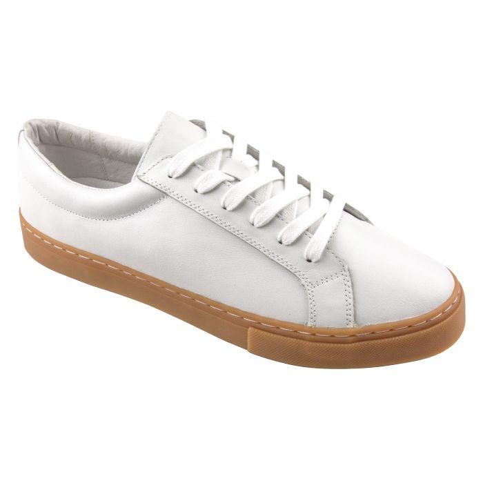 Sneaker handgrade pure white gum sole