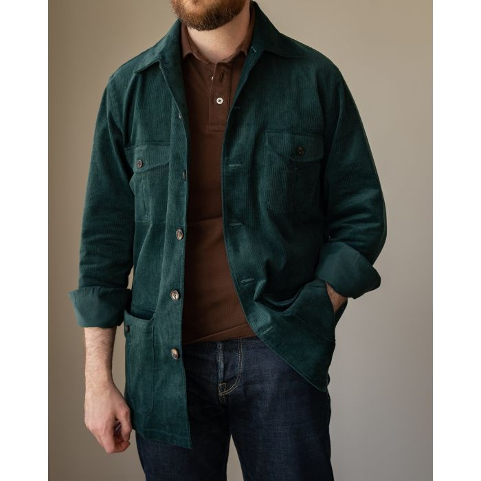 Jesse wearing 42R safari jacket (for a loose fit; 40R also fits), <a href=